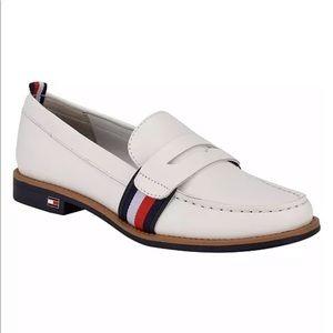 Tommy Hilfiger driving moccasins loafers Karvel